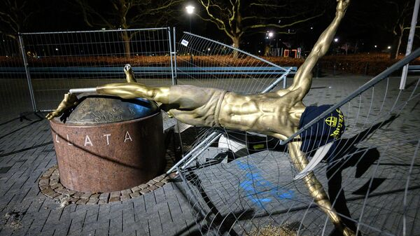 The staue of Swedish football player Zlatan Ibrahimovic in Malmo, Sweden, is pictured after it has been completly sawn down and destroyed during the night to January 5, 2020. - The statue has been the target of vandalism since the star has announced his part ownership in football club Hammarby, a team rivalling with Malmo FF (MFF) -- the club where Ibrahimovic started his professional career in 1999. (Photo by Johan NILSSON / TT News Agency / AFP) / Sweden OUT