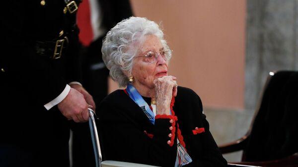 Вдова американского астронавта Джона Гленна Энни Гленн