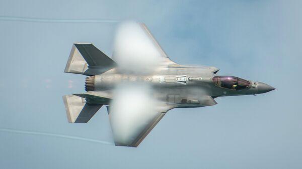 Американский истребитель F-35A Lightning II