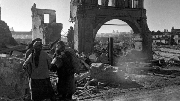 Руины города Вязьмы после боев за освобождение от немецко-фашистских захватчиков