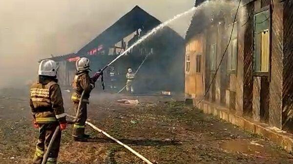 Пожар в поселке Яицкое под Самарой