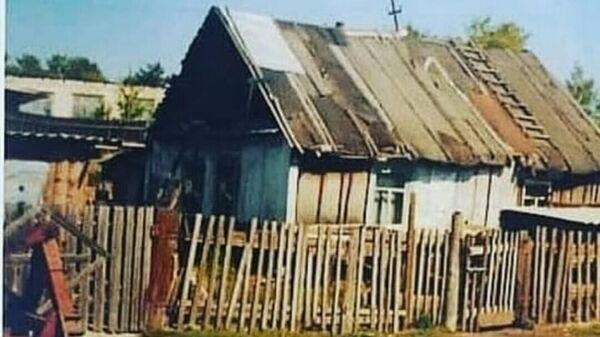 90-летний дом в селе Садовое Амурской области
