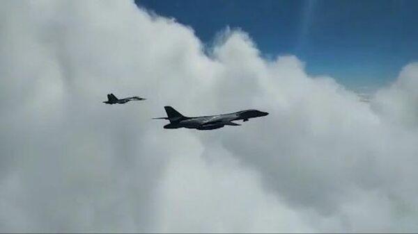 Видео перехвата бомбардировщиков ВВС США российскими истребителями