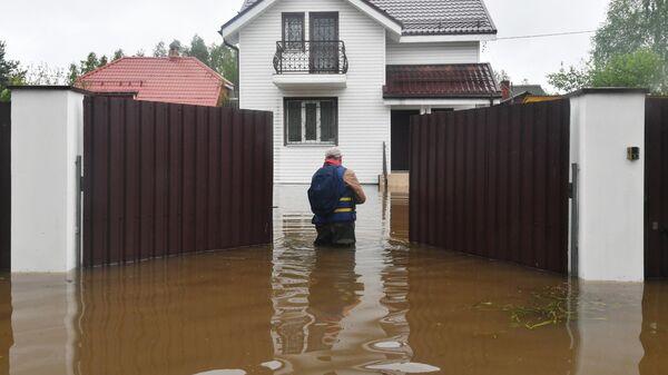 Подтопленный дачный участок в Московской области