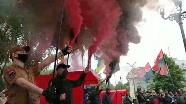 Протесты у здания Верховной рады Украины в Киеве