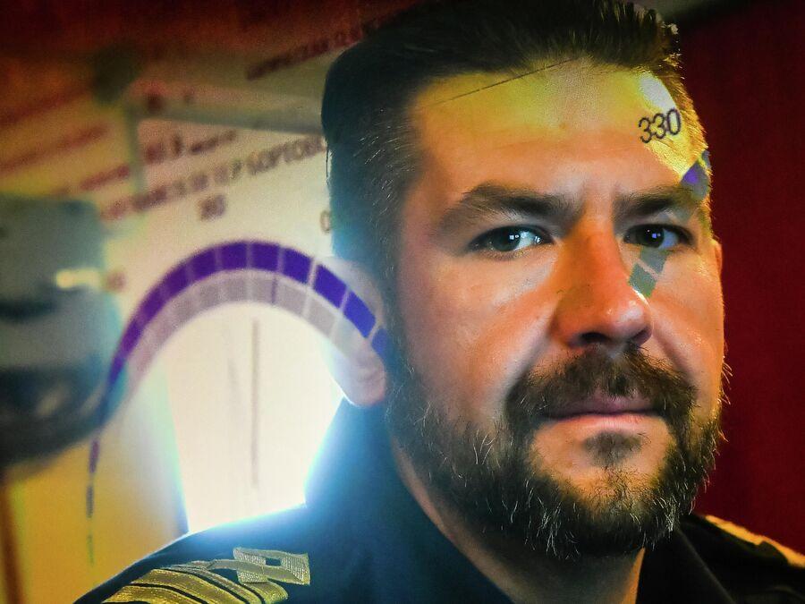 Помощник капитана по научной части исследовательского судна Балтийского флота Адмирал Владимирский  Алексей Яширин