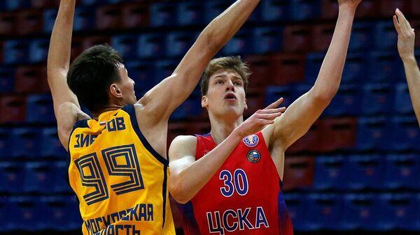 Баскетболист ЦСКА Виктор Лахин