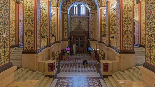 Интерьер главного здания Государственного исторического музея в Москве