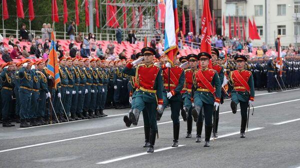Военнослужащие на параде Победы в Самаре