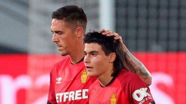 Лука Ромеро (справа)