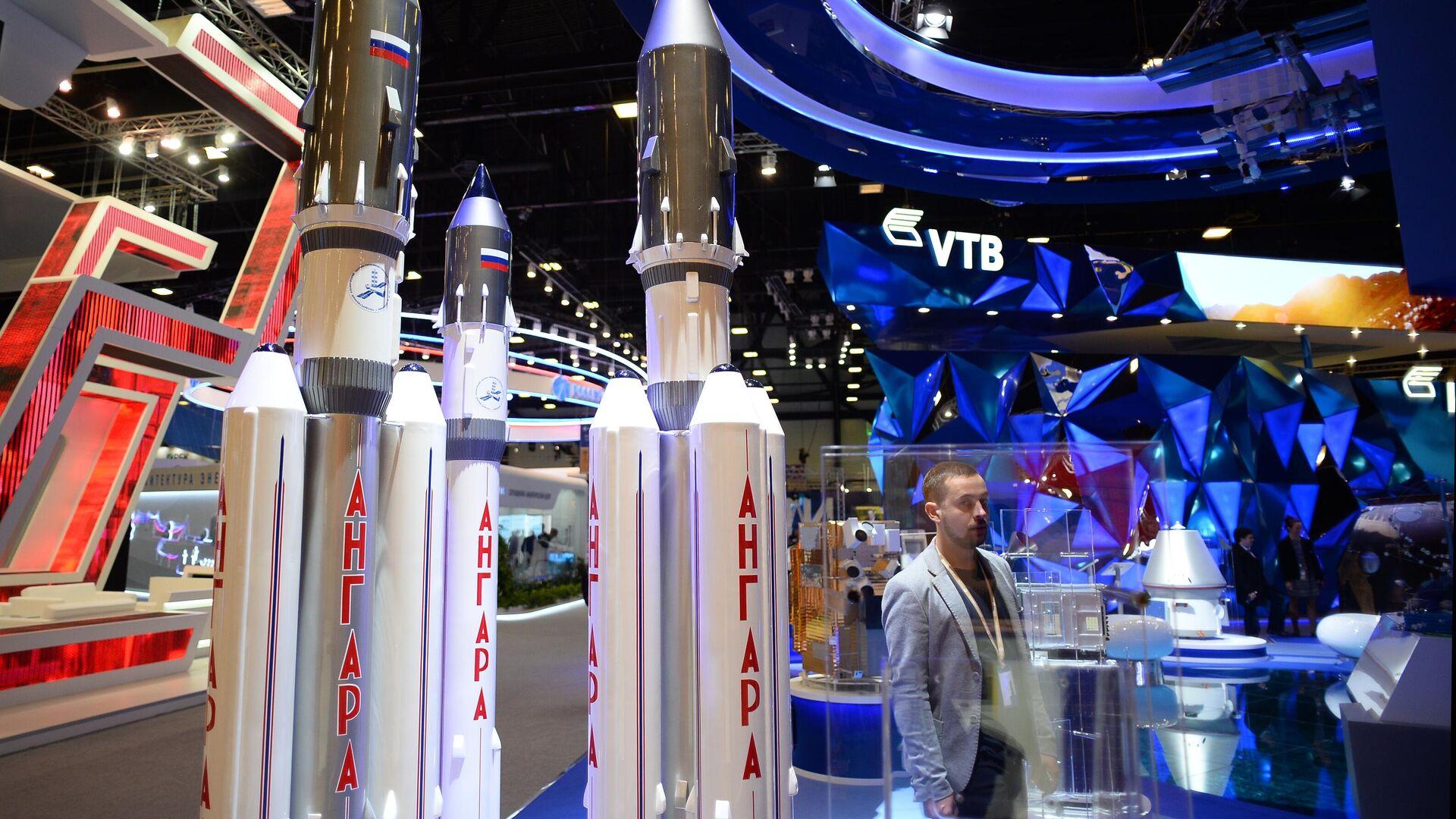 Макеты ракет Ангара - РИА Новости, 1920, 18.02.2021
