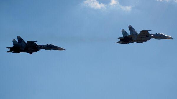Многоцелевые истребители Су-27
