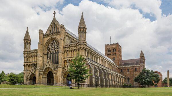 Сент-Олбанский собор в британском графстве Хартфордшир