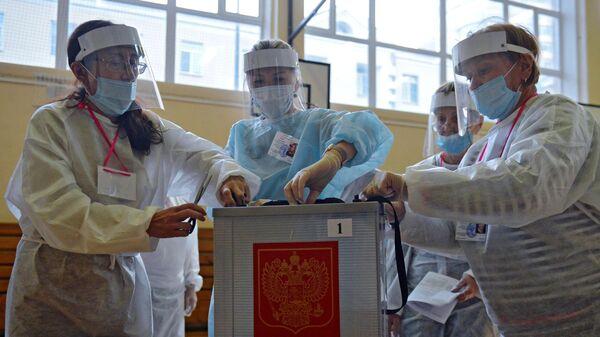 1573773476 81:0:2926:1600 600x0 80 0 0 1bd91d32b97be667c81647e61daa95ce - В Саратовской области поправки поддержали 82,24% избирателей