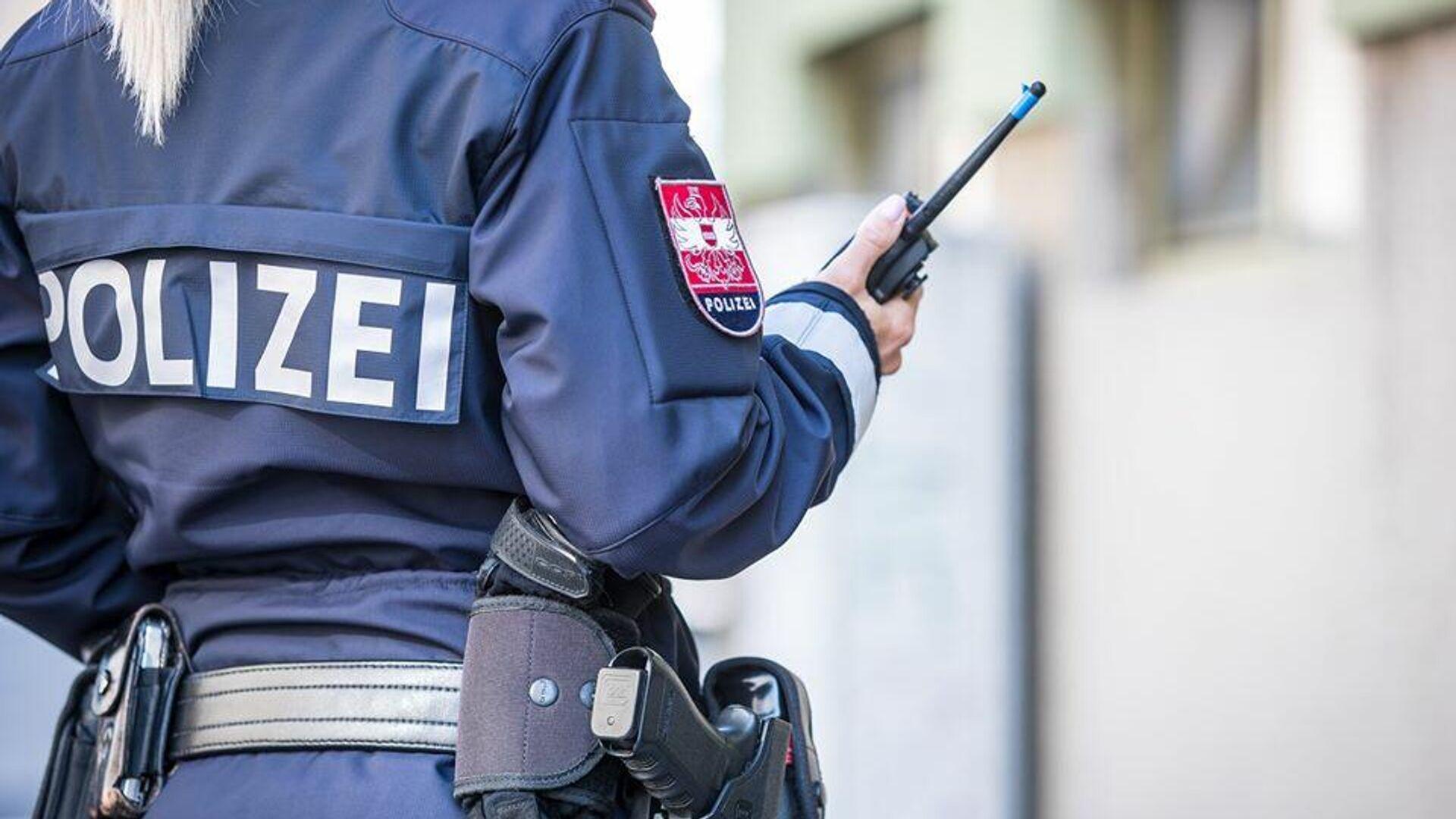 Сотрудник полиции в Австрии - РИА Новости, 1920, 31.10.2020
