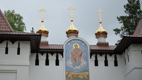 На территории Среднеуральского женского монастыря