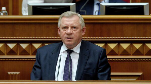 Глава Национального банка Украины Яков Смолий на заседании Верховной Рады