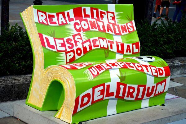 Скамейка в Лондоне, Великобритания