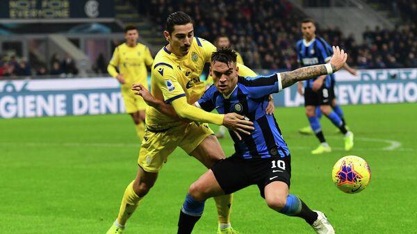 Игровой момент матча Верона - Интер