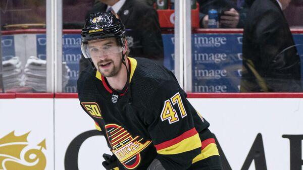 Нападающий клуба НХЛ Ванкувер Кэнакс Свен Берчи