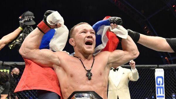 Петр Первый! Ян стал чемпионом UFC и побил несколько рекордов