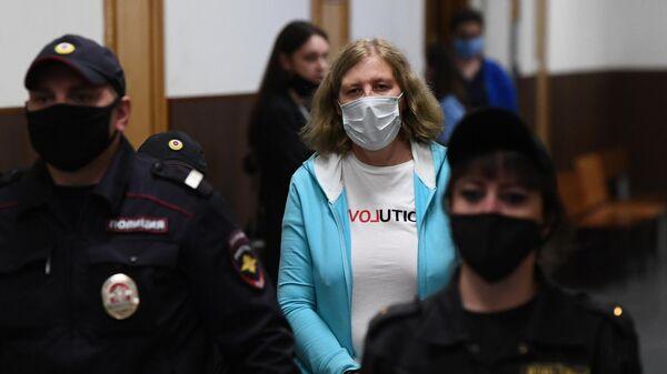 Репродуктолог клиники NGC Юлиана Иванова, обвиняемая по делу о торговле детьми от суррогатных матерей, в Басманном суде Москвы