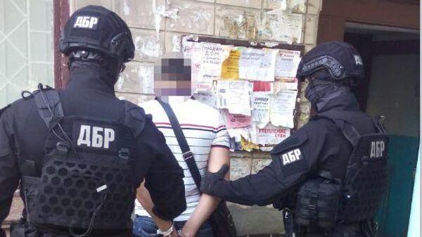 Сотрудники ГБР Украины во время задержания заказчика убийства заммэра Черкасс