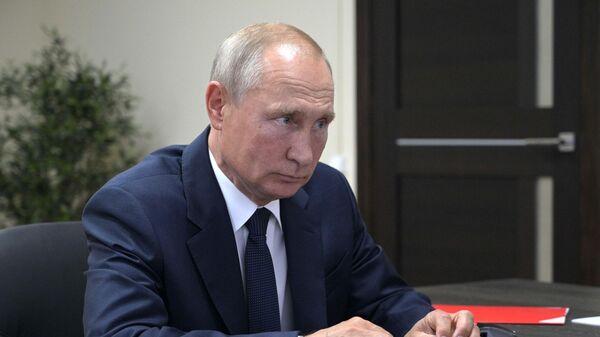 Путин обозначил цели по экспорту несырьевых  товаров