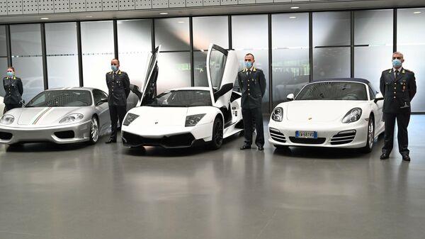 Изъятые автомобили, переданные Финансовой гвардией Италии Туринскому музею автомобилей