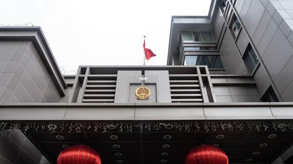 Китай выразил протест США за вторжение в консульство в Хьюстоне