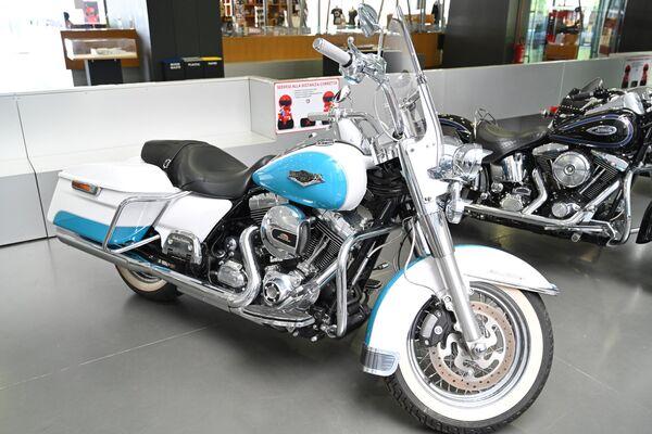 Мотоцикл Harley-Davidson в Автомобильном музее Турина