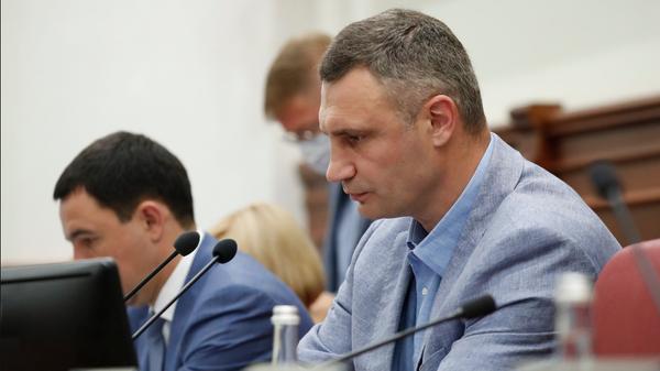 Мэр Киева Виталий Кличко на заседании Киевского городского совета