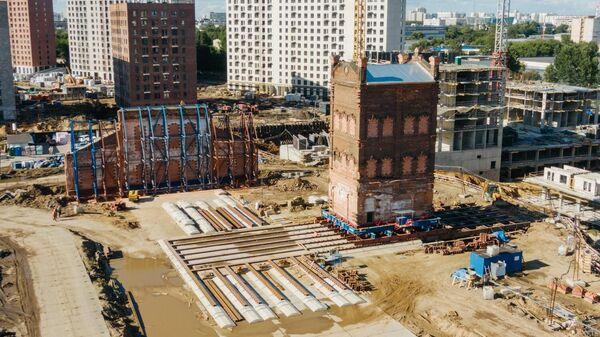 Компания ПИК для строительства ЖК перемещает на новое место водонапорную башню конца XIX века