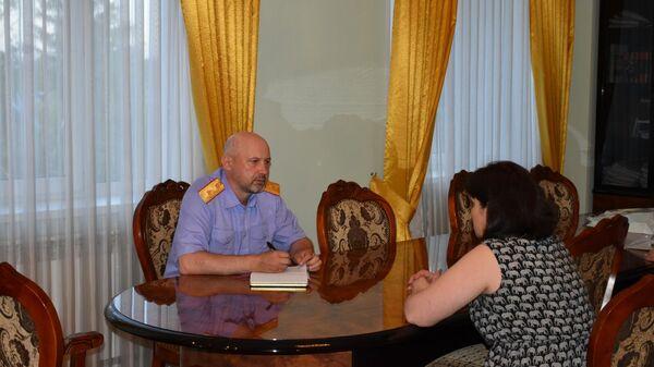 Руководитель областного управления СК Дмитрий Матушкин  провел личный прием двух жительниц города Пензы по вопросам предоставления им жилья