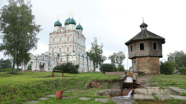 Введенский собор XVII века в городе Сольвычегодске