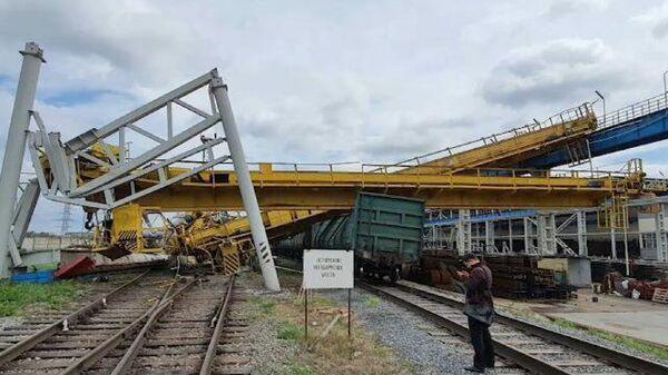 Место обрушения мостовых кранов на предприятии в Набережных Челнах
