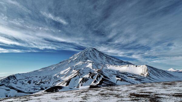 Вид на Корякский вулкан в Камчатском крае