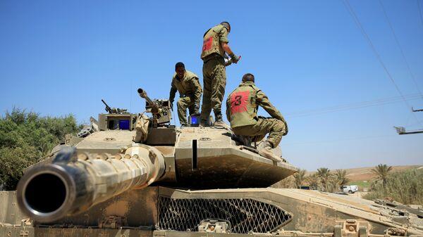 Израильские военные на границе между Израилем и сектором Газа