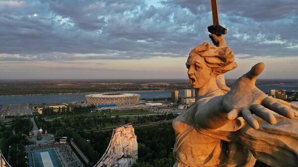 Монумент Родина-мать зовет! на Мамаевом кургане в Волгограде после реставрации