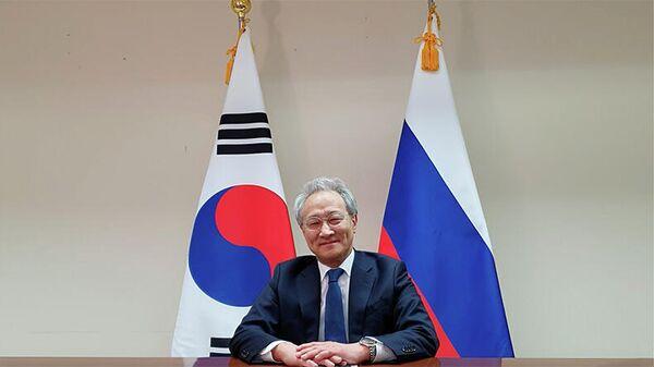 Посол Южной Кореи в России Ли Сок Пэ