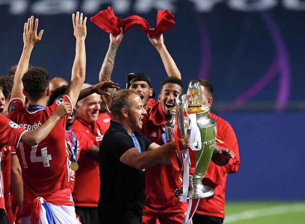 Главный тренер Баварии Ханс Флик после победы в финале Лиги чемпионов