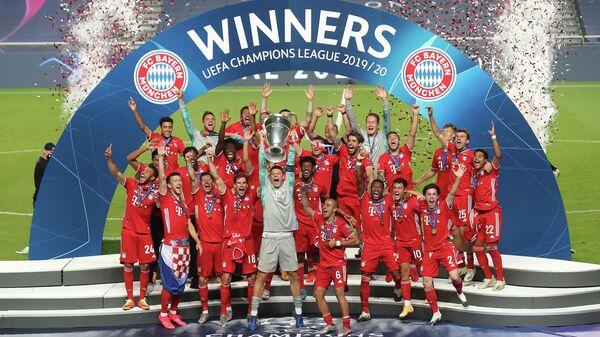 Бавария празднует победу в Лиге чемпионов.