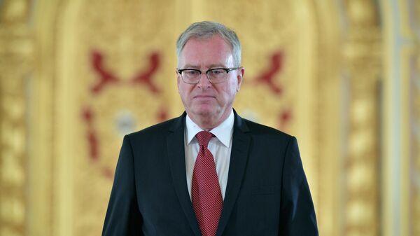Чрезвычайный и полномочный посол Королевства Норвегии Руне Ресаланд