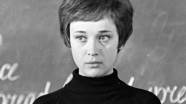 Актриса Ирина Печерникова