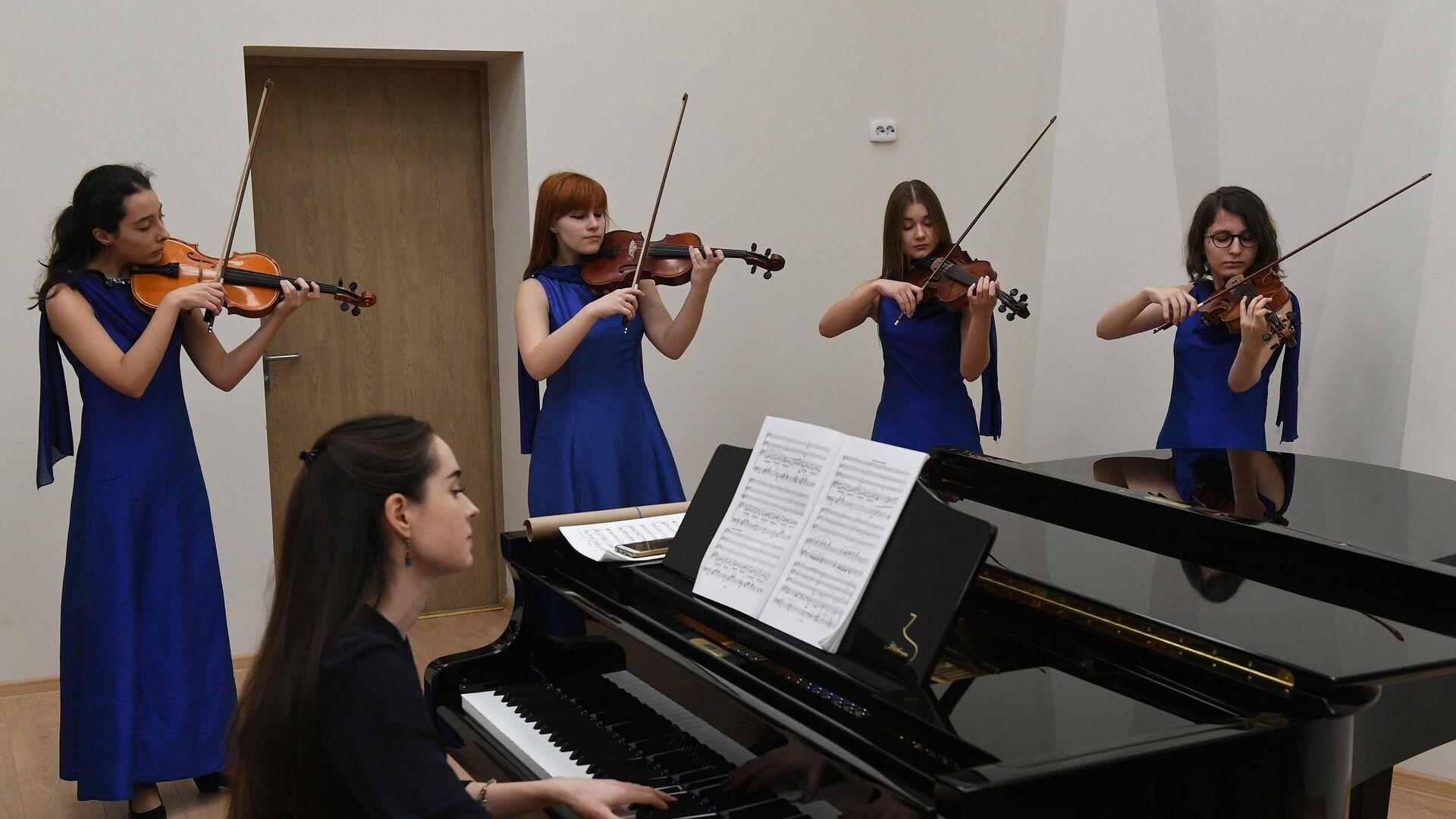 Музыкальная школа - РИА Новости, 1920, 22.09.2020