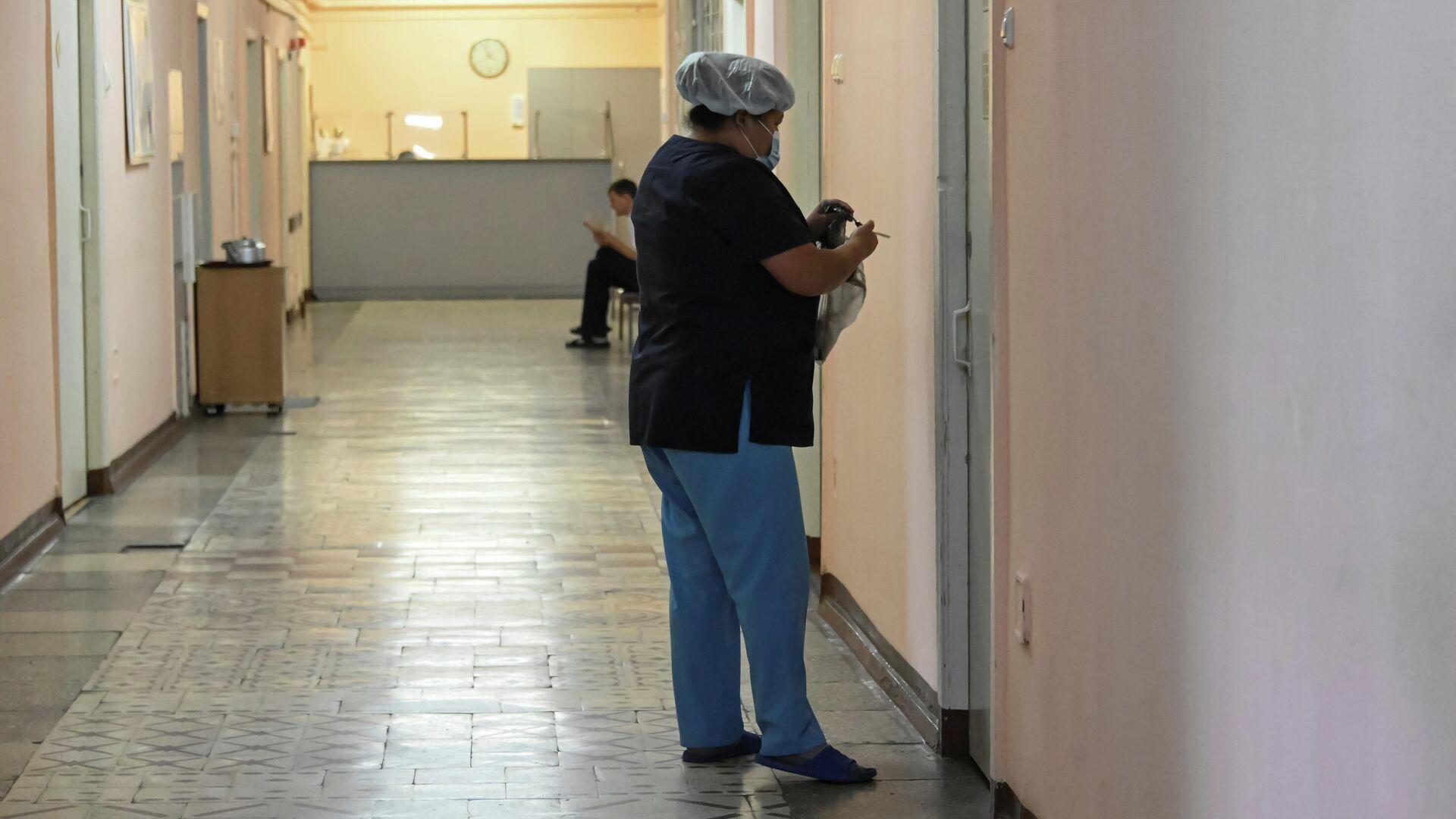 Медицинский персонал в больнице Charite в Берлине, где находится Алексей Навальный - РИА Новости, 1920, 16.09.2020