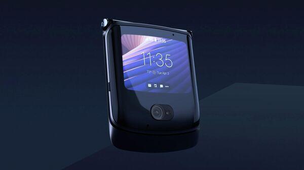 Новый HTC будет конкурировать с Motorola razr