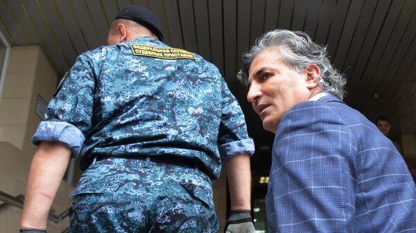 Адвокат актёра Михаила Ефремова Эльман Пашаев