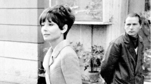 1577758550 0:137:1761:1128 600x0 80 0 0 06bb27df73e20e3cbb2414608371384e - Юбка Монро, черное платье Хепберн. Кто вдохновлял знаменитых модельеров