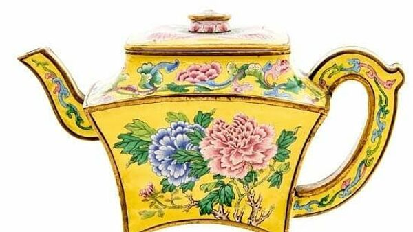 Китайский чайник периода правления императора Цяньлуна